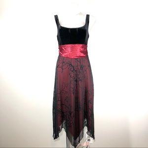 Studio Y Black & Red Star Bottomed Medium Dress